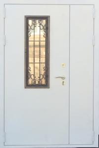 Металлическая дверь двухстворчатая